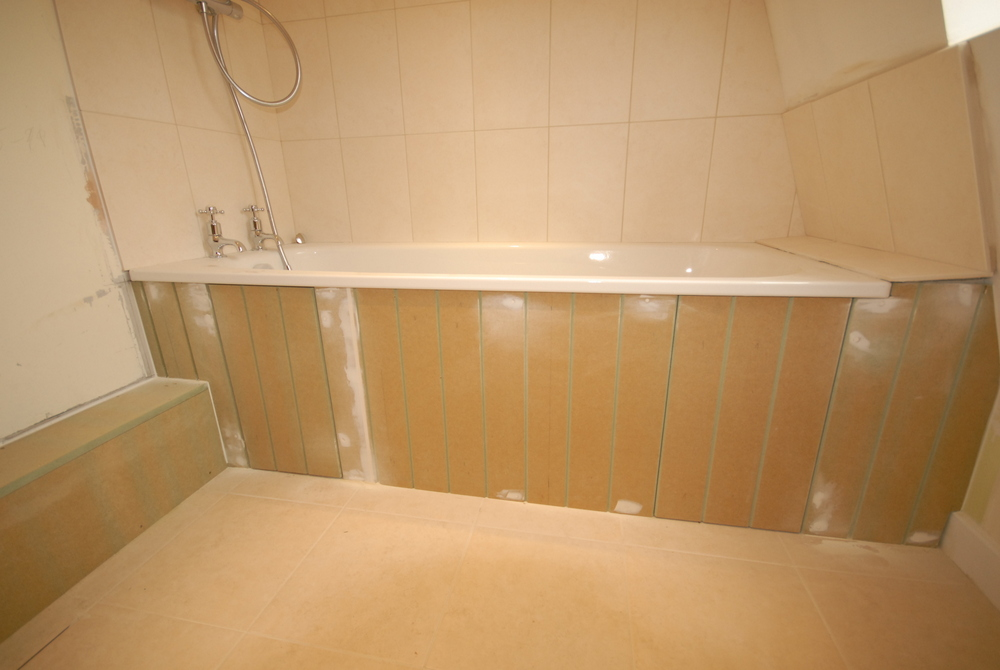 Pinnacle building projects tongue and groove bath panels for Bathroom ideas using tongue and groove