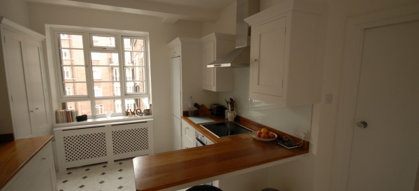 Another view of the new 'Harvey Jones' kitchen...