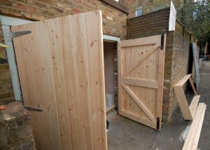 Chunky garage doors with anti theft hinges