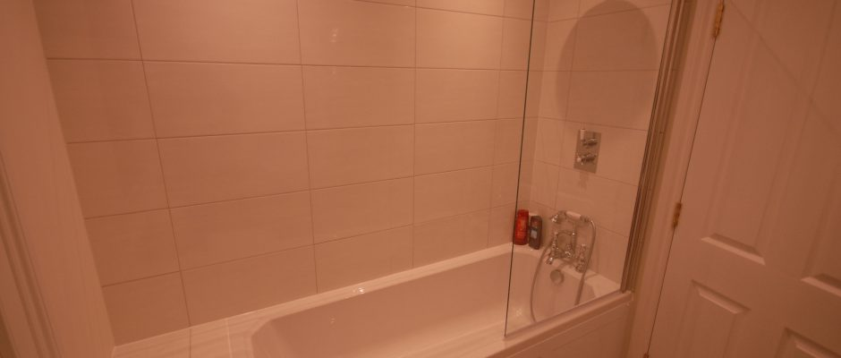 The new bath / shower in the new upstairs bathroom in Earlsfield...